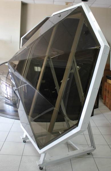 Lanterneau en forme de Pyramide sur mesure - forme Octogone et teint (couleurs et teints variées sur mesure)